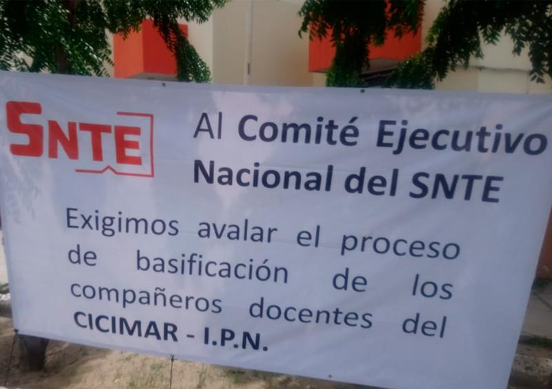 SNTE La Paz Huelga